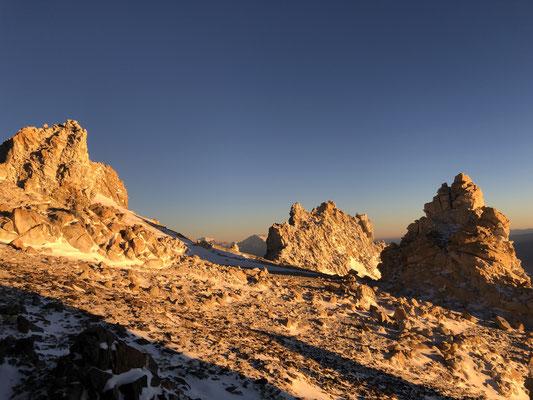 Sunrise on las Rocas Blancas (White Rocks) at camp 3