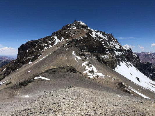 Ameghino (5860m)