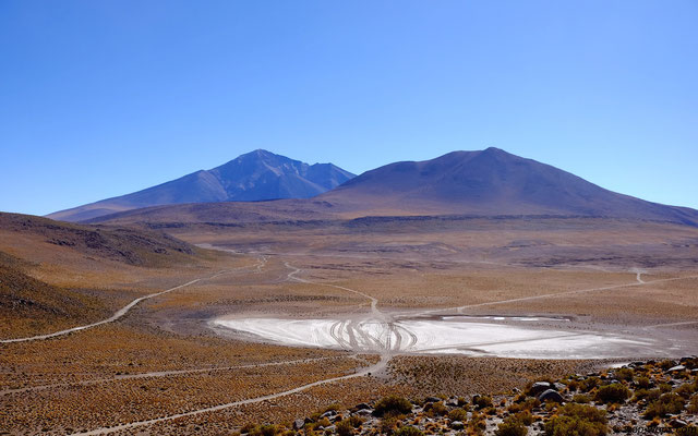 tracks on the laguna route