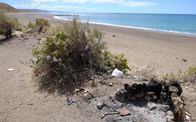 Argentina, rubbish everywhere