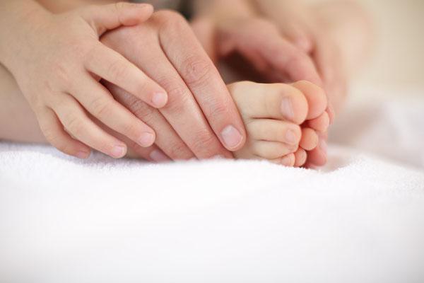 parietal-osteopathische Untersuchung eines Kindes