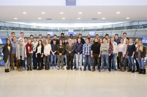 Besuch einer Schülergruppe des Graf Stauffenberg Gymnasiums am 11. Januar 2017.