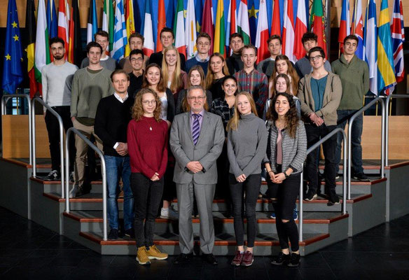 Besuch einer Gruppe der Martin-Niemöller-Schule aus Wiesbaden am 14. Februar 2017.