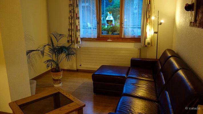 Sofa ausziehbar (2Personen)