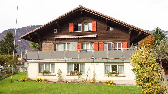 Unser Haus mit der Ferienwohnung unten rechts