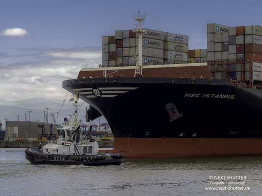 "MV""MSC Istanbul on her first call in Hamburg"