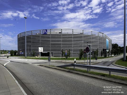Ein Architektenpreis verdächtiges Parkhaus am Hamburg Airport