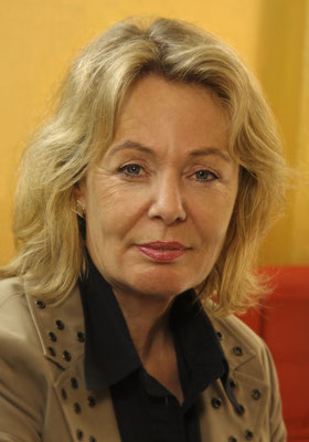 Christa Klingler, Büro & Verkauf