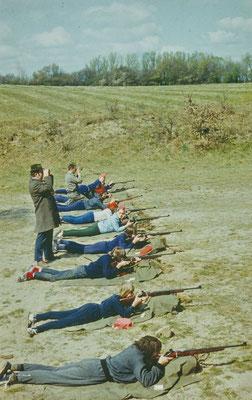 1974: Der Wettkampf fand größtenteil auf dem Schießplatz in Wakenstädt statt. Die jetzige Anlage wurde erst später gebaut.