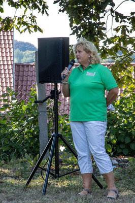 Unsere Vorsitzende, Frau Bringfriede Weidemann bei der Begrüßung