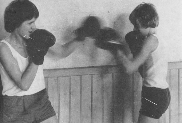 Der Boxunterricht ist Bestandteil des Sportlehrplanes der 9. Klassen