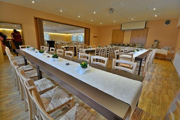 Der Feier- und Tagungsraum im Restaurant Zum Kormoran am Wißmarer See