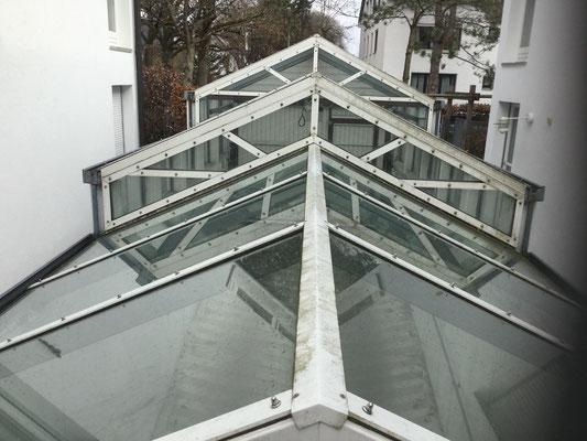 Glasdachreinigung in München (vorher)