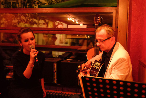 Acoustic Duo feat. Vio La - Duo oder mit Band