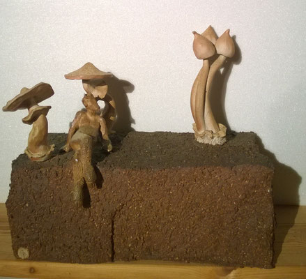 """""""Psylofaune"""" Sculpture grès noir sur socle grès roux cuisson Noborigama H32cm/L35cm/larg16cm  """"Pièce Unique"""" -Juan José Ruiz dit """"Caco""""  Artiste Sculpteur/Auteur"""