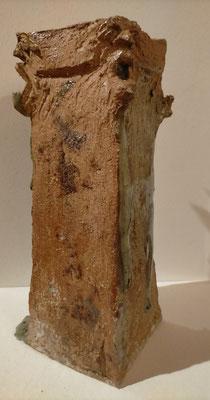 """""""Tour de garde""""  Sculpture grès noir cuisson Noborigama H28cm """"Pièce Unique"""" -Juan José Ruiz dit """"Caco""""  Artiste Sculpteur/Auteur"""