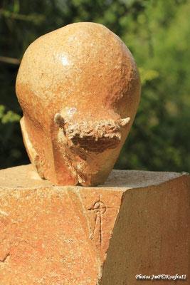 Sculpture grès noir cuisson four à bois -Noborigama- de Juan José Ruiz  Artiste/Auteur Sculpteur céramiste dit Caco Avril 2019 photo:KOUFFRA12