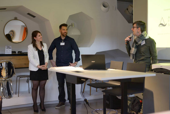 """Le Directeur d'RBC Mobilier Lyon accueille """"Art For Science.eu"""" dans ses murs"""