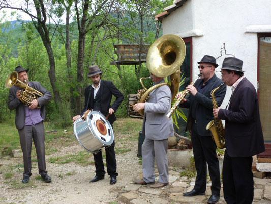 Inauguration de Bouquet de Flammes avec les Taraf Goulamas