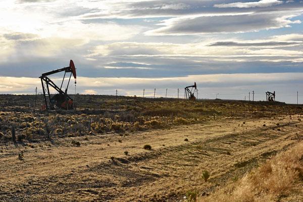 Wir sind im argentinischen Ölland.