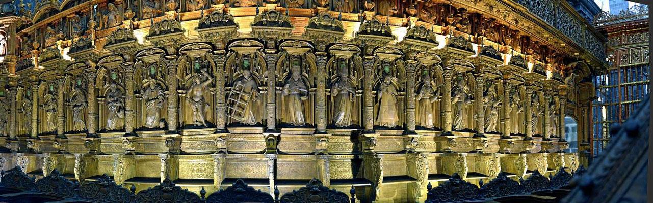 Ein wunderschönes Chorgestühl in der Kathedrale von Cusco.