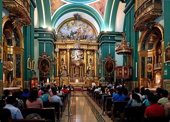 Ich weiß leider nicht mehr, welches der vielen schönen Kirchen in Lima diese ist.