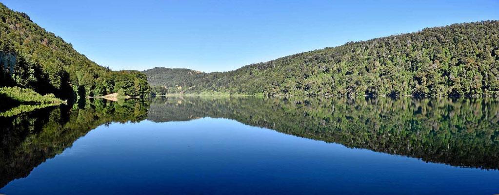 Der See Tinquilco im Nationalpark.