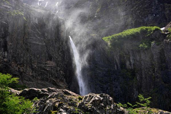 Wasserfall im Endkessel am Cerro Tronador.