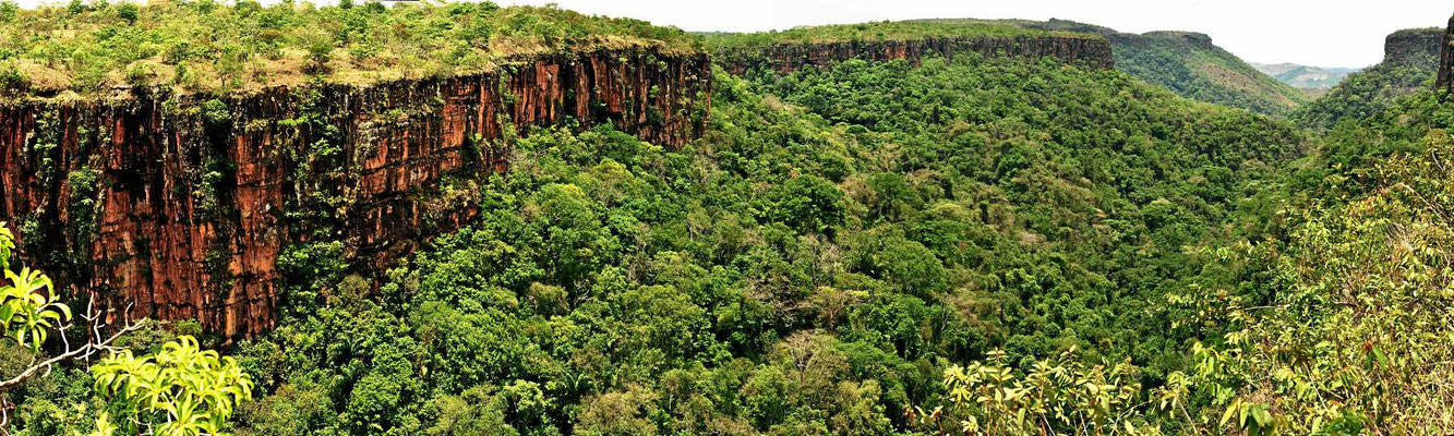 Das Kernstück des Nationalparks, ein wirklich hübsches Tal. Der Park ist aber winzig und weist kaum andere Schönheiten auf.