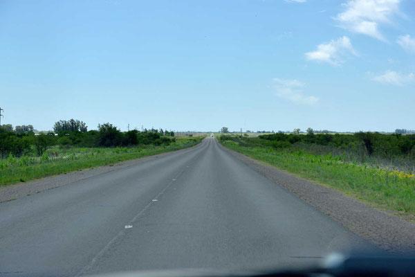 Und wieder plattes Land auf dem Weg nach Cordoba.