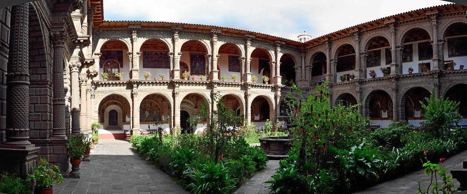 Der Kreuzgang des Klosters La Merced