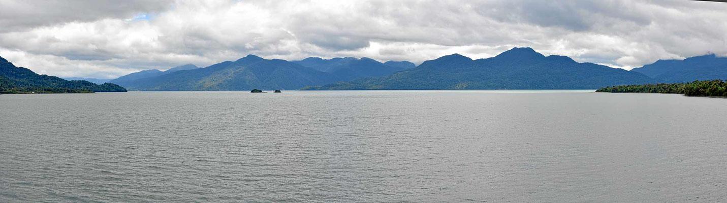 Blick auf den Fjord.