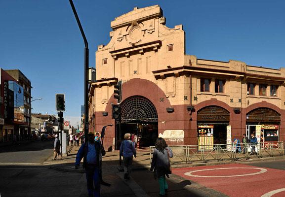 Der Eingang zur Markthalle in Temuco.