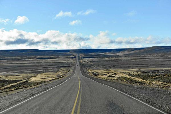 Die Ruta 3 auf dem Weg nach Norden. Die totale Einsamkeit.