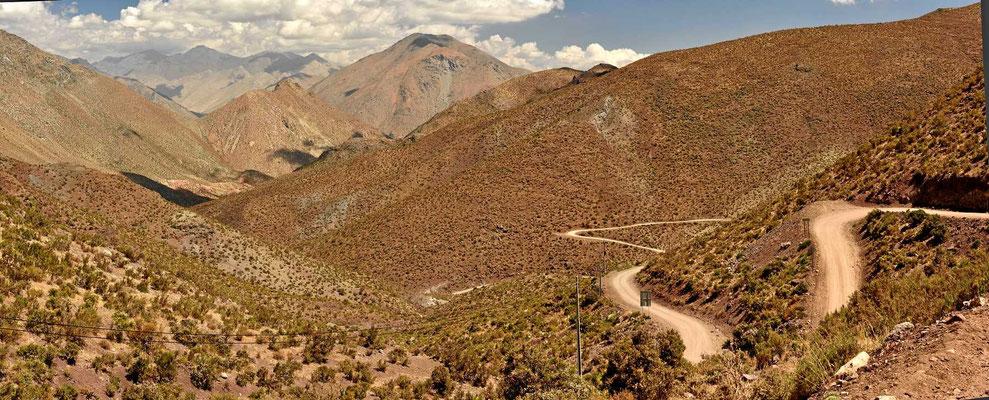 Fahrt von Vicuna nach Hurtardo übers Hochgebirge.