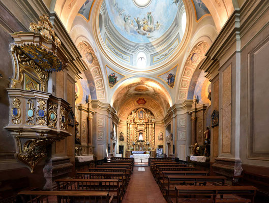 Und die Kirche von Innen.