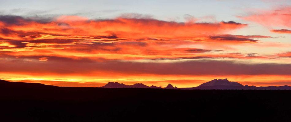 Und mal wieder ein prachtvoller Sonnenuntergang.