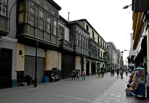 Altstadtstraße in Lima.