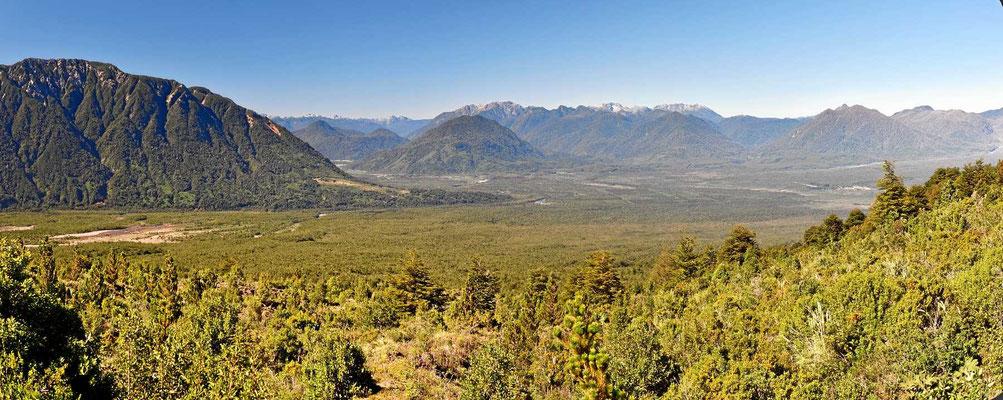Die meiste Landschaft ist geschützt als Nationalpark oder Naturreserve. Aber auch das Privatland hier sieht absolut urtümlich aus.