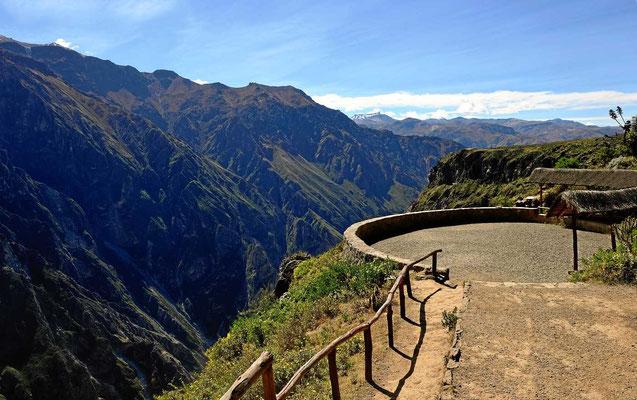 Die Aussichtsplattformen am Colca-Canyon.