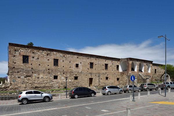 Eine Außenseite der Estancia.