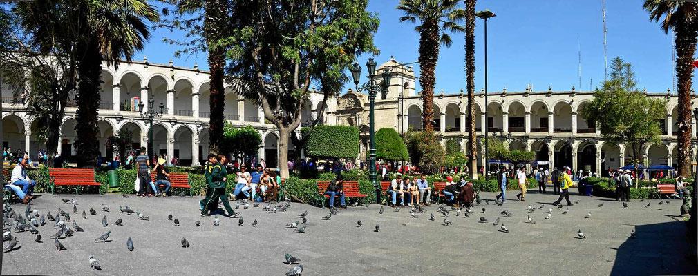 Der zentrale Platz von Arequipa, Principal de la Virgen.