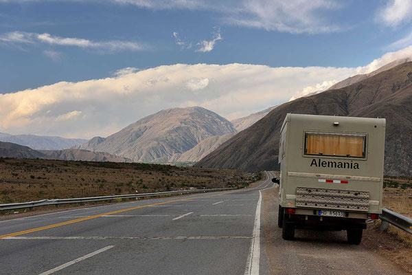 Ich fahre nur ein kurzes Stück hinein, bis Pumamarca.