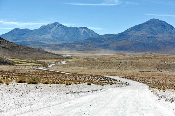 Genussfahrt durch die Puna-Landschaft.