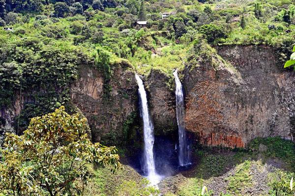 Wasserfälle im Pastaza-Tal.