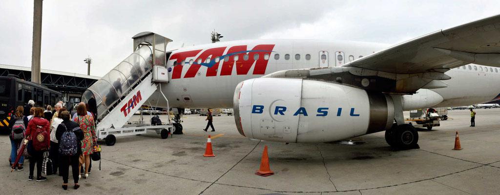 """Zwischenstopp in Sao Paulo, mein """"neuer"""" Flieger."""