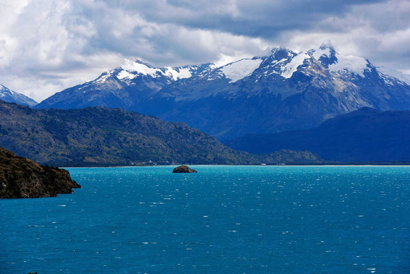 Unirdische Farben am Lago General Carrera.