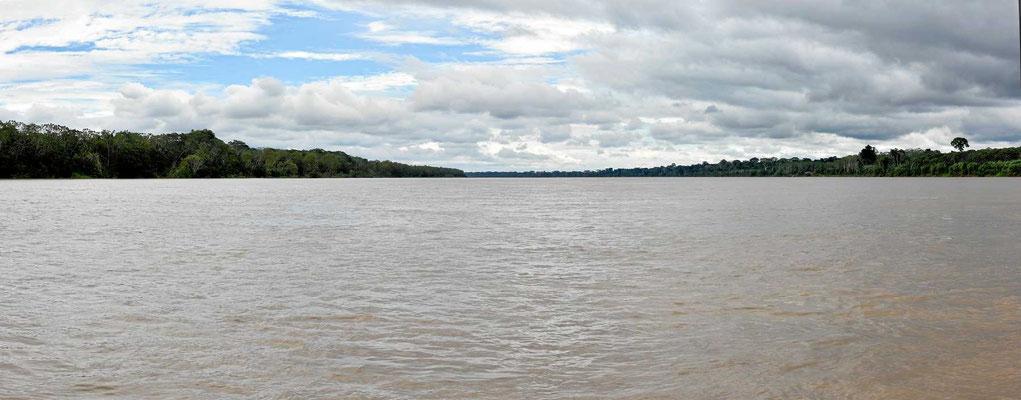 Der Rio Madre de Dios, einer der größeren Flüsse zum Amazonas hin.