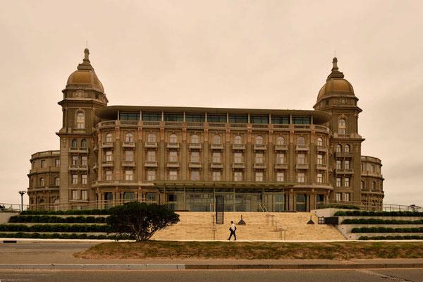 Dieses Hotel im Ort Piriapolis war lange Zeit daws größte Hotel in Südamerika.
