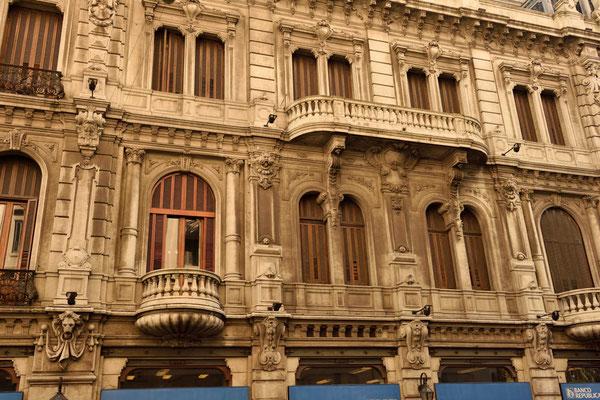 Wunderschöne alte Häuser an der Calle San José,